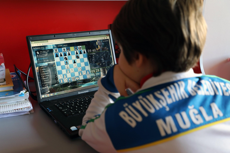 7. Online Lichess Satranç Turnuvası'na 4 bin 314 kişi katıldı