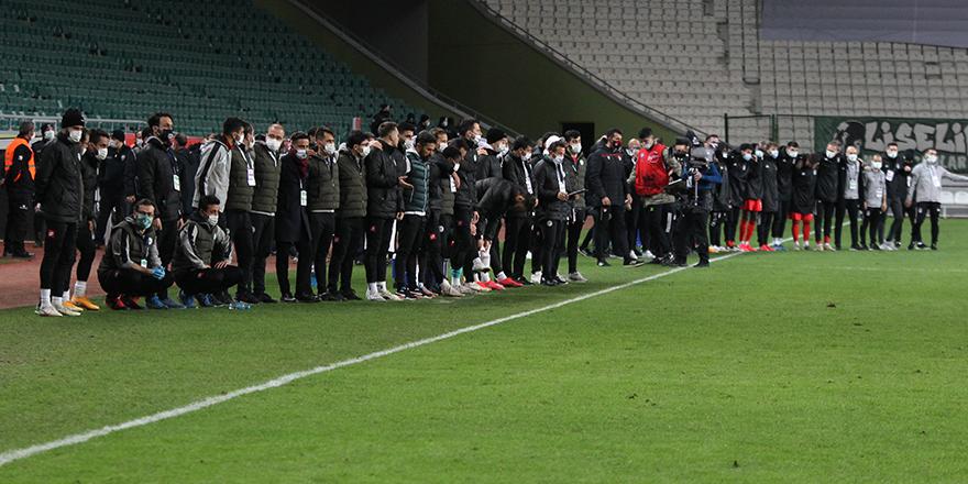 Beşiktaş yarı finalde! Konya'yı penaltı atışlarıyla geçti...
