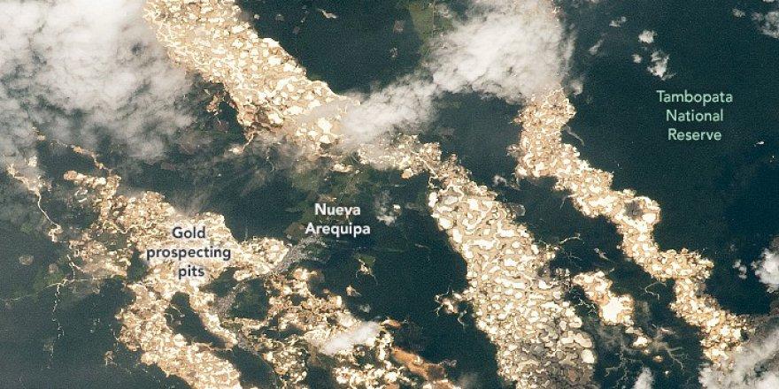 """NASA yayınladığı fotoğraflarla Amazon'un """"altın nehirlerini"""" ortaya çıkardı"""