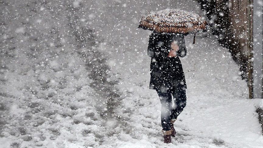 İzmir'in Bergama ve Kınık ilçeleri için kar yağışı uyarısı