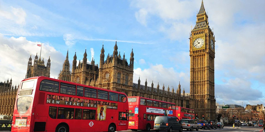 Koronavirüs İngiliz ekonomisini vurdu