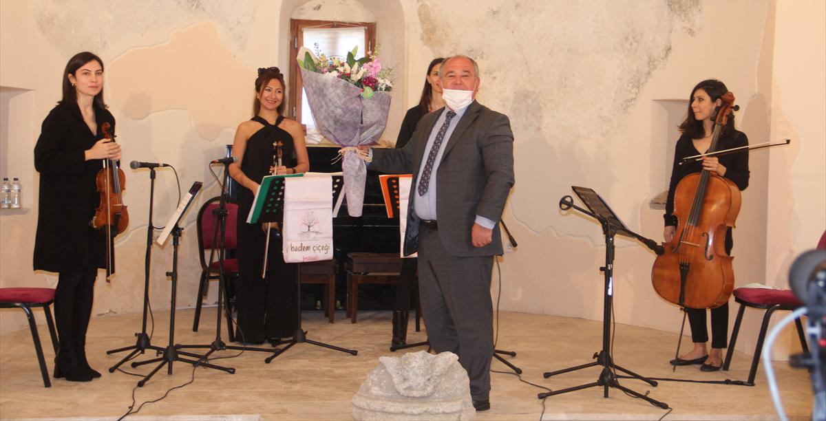 4. Datça Badem Çiçeği Festivalinin açılışı çevrim içi yapıldı