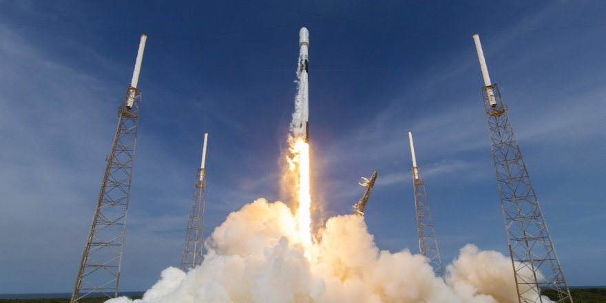 SpaceX Starlink görevini başarılı bir şekilde tamamladı