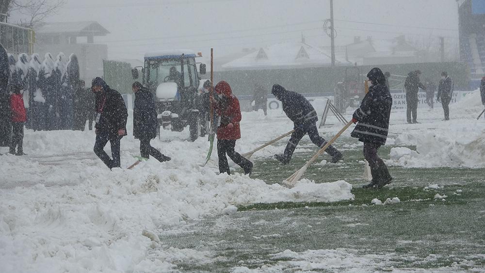 Trakya'da futbola kar engeli